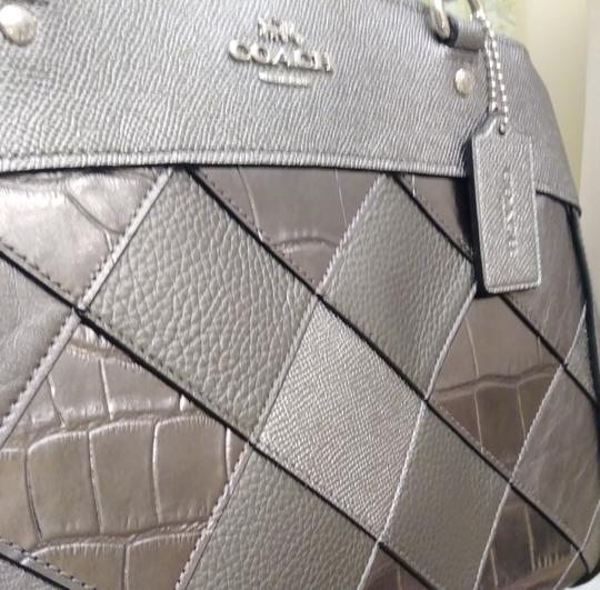 Coach Shoulder Bag Image 9