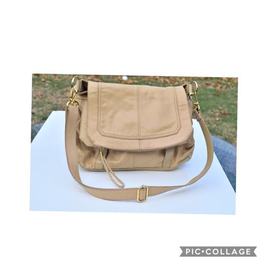 Preload https://img-static.tradesy.com/item/24397039/the-sak-light-yellow-leather-hobo-bag-0-0-540-540.jpg