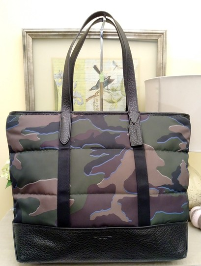 Coach Tote in Green Image 2