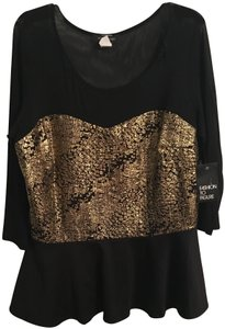 Fashion to Figure Top Black and Gold