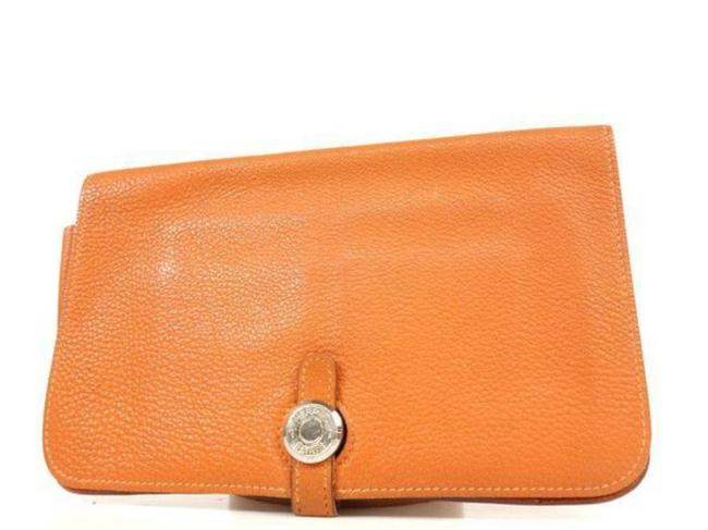 Item - Dogon Wallet 232857 Orange Leather Clutch
