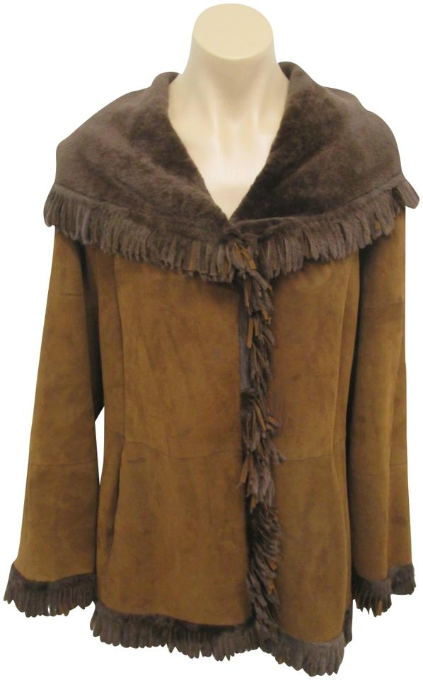 46fd11df5b Brown Two Tone Reversible Shearling with Fringe Coat Size 4 (S) 80% off  retail