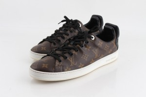 Louis Vuitton Brown Monogram Front Row Sneakers Athletic Size US 9 Regular (M, B)