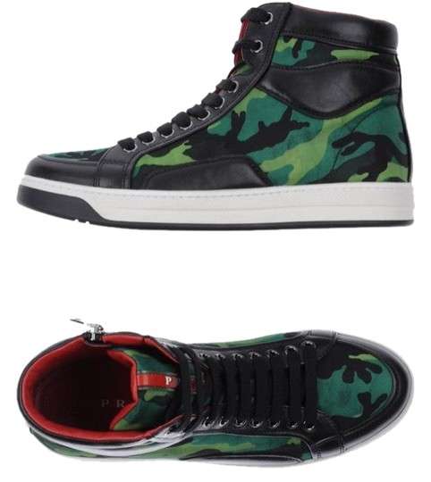 Preload https://img-static.tradesy.com/item/24399247/prada-green-black-new-sneakers-size-eu-40-approx-us-10-regular-m-b-0-1-540-540.jpg