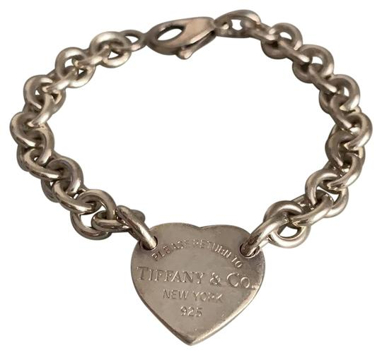 Preload https://img-static.tradesy.com/item/24399875/tiffany-and-co-silver-heart-tag-bracelet-0-1-540-540.jpg