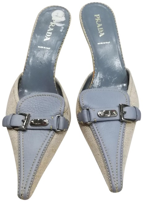 Item - Blue and White Pointy- Pumps Size EU 39.5 (Approx. US 9.5) Regular (M, B)
