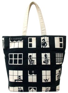 Chanel Tote in Black & White