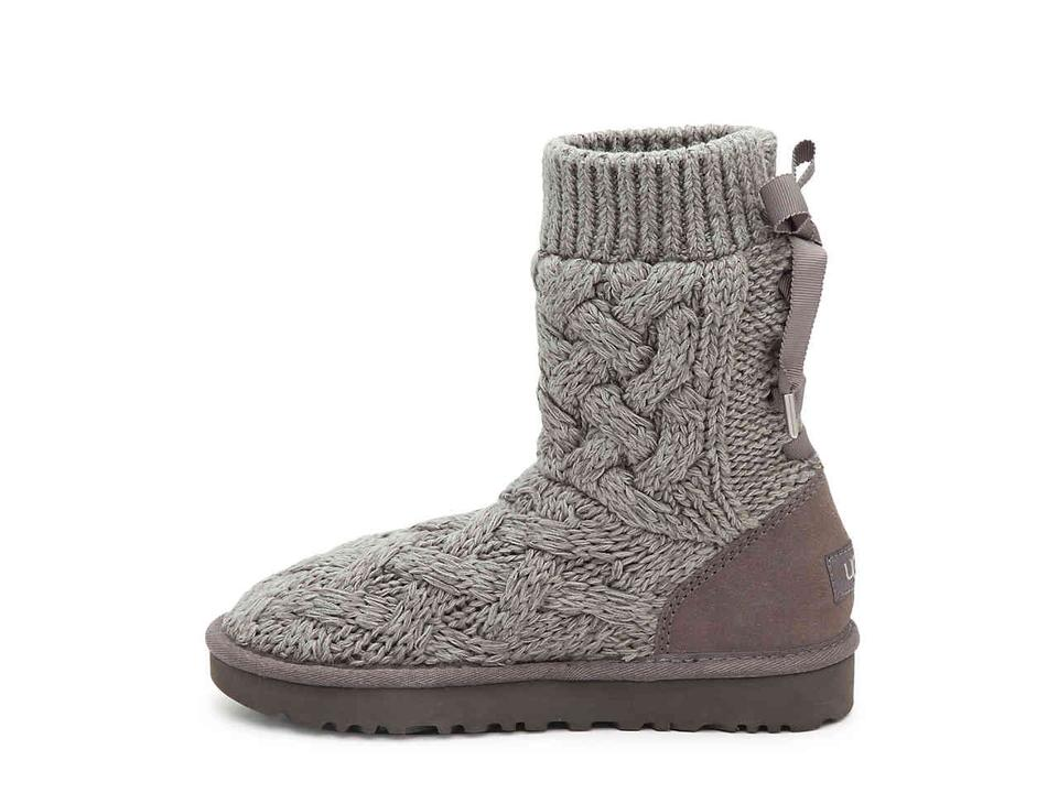 2446eb57975 UGG Australia Gray Isla Sweater and Suede Boots/Booties Size US 9 Regular  (M, B) 22% off retail