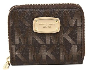Michael Kors Michael Kors Jet Set Bifold Wallet zip around Signature PVC