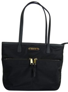 Michael Kors Nylon 191262336874 Tote in Black