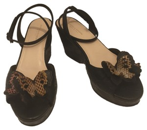 Bottega Veneta Black Wedges