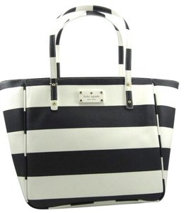 Kate Spade Tote in cream/navy