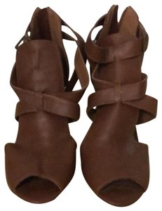 Bamboo brown Pumps