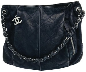 67f2b71a0391 Chanel Bags - 70% - 90% off at Tradesy (Page 2)