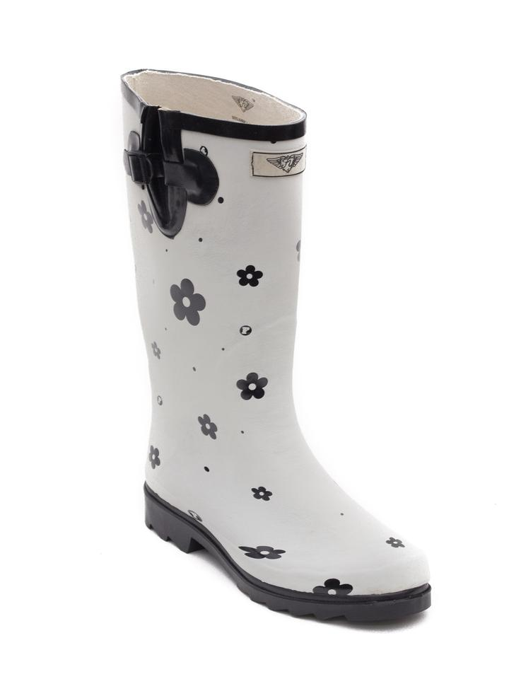 a7612c648437b Forever Young White Tall Matte Women Rainboots #1522 Boots/Booties Size US  7 Regular (M, B) 46% off retail