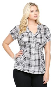 Torrid Plaid Ruffled 2x 18/20 Top Black & White