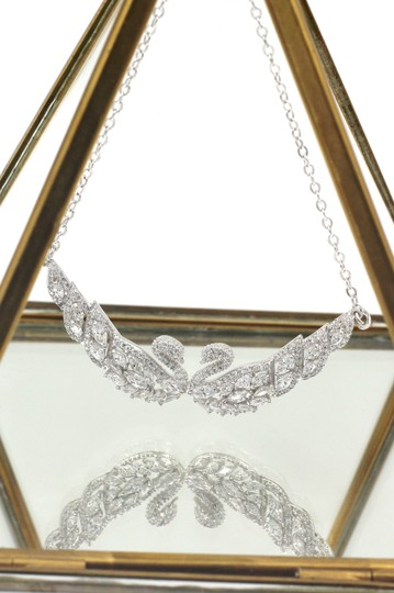 Ocean Fashion Sterling Silver Beautiful twin swan necklace Image 2