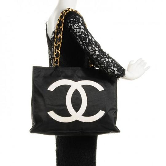 Chanel Vintage Canvas Tote in Black Image 9