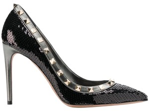 Valentino Rockstud Studded Stiletto Classic Stud black Pumps