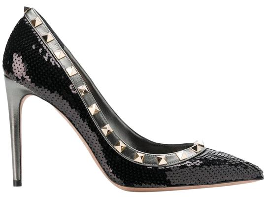 Preload https://img-static.tradesy.com/item/24405820/valentino-black-rockstud-sequin-stud-studded-classic-pointed-sandal-heel-pumps-size-eu-38-approx-us-0-1-540-540.jpg