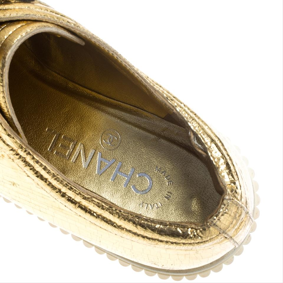 9457d00a0e3f Chanel Distressed Metallic Leather Yellow Platforms Image 7. 12345678