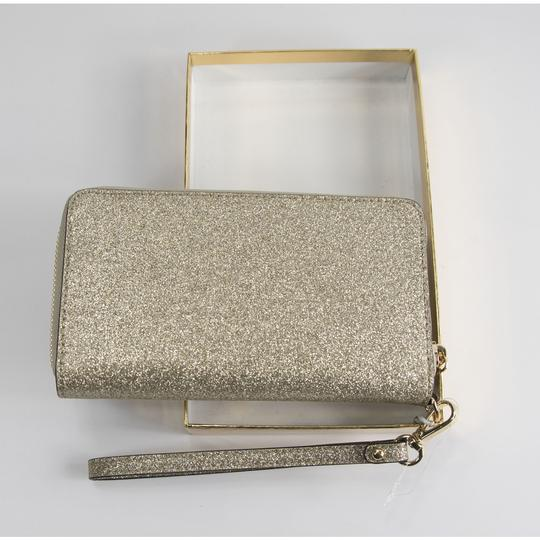 Michael Kors Michael Kors Gold Glitter Leather Flat Multifunction Phone Wallet Image 5