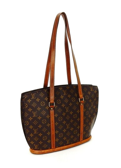 Preload https://img-static.tradesy.com/item/24406550/louis-vuitton-babylone-carry-all-bown-monogram-canvas-leather-shoulder-bag-0-0-540-540.jpg