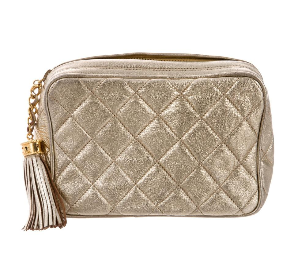 165acafafd79 Chanel Vintage Quilted Tassel Metallic Gold Black Lambskin Clutch ...