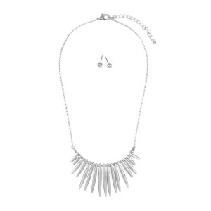 Riah Fashion Tribal Inspired Necklace with Stud Earrings
