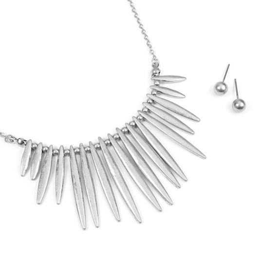 Riah Fashion Tribal Inspired Necklace with Stud Earrings Image 2