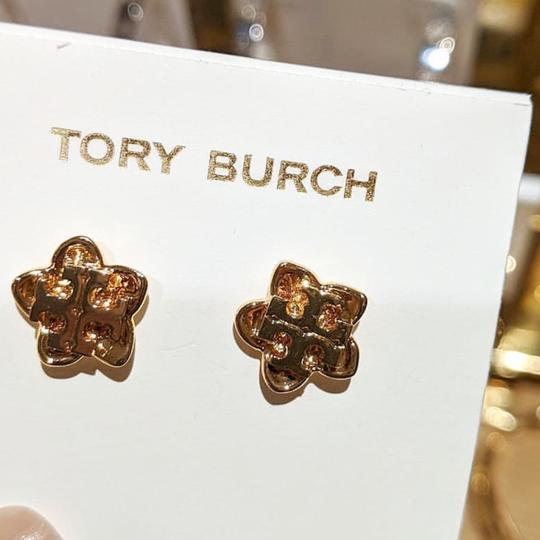 Tory Burch Cecily Flower Image 5