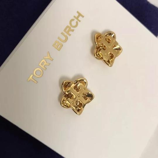 Tory Burch Cecily Flower Image 3