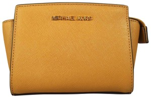 Michael Kors Leather 889154034297 Peanut Messenger Bag