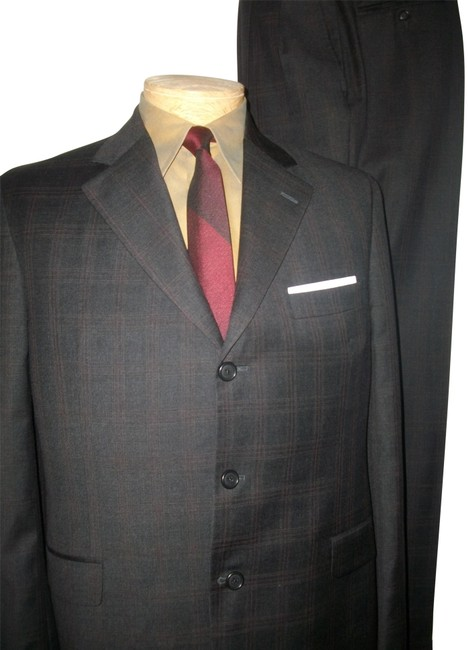 Preload https://img-static.tradesy.com/item/24407019/brown-plaid-wool-three-button-41r-pant-suit-size-14-l-0-1-650-650.jpg