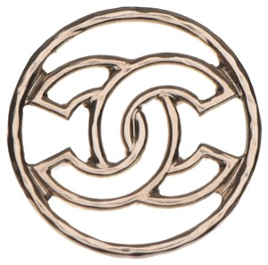 Chanel Chanel metal CC Brooch light gold