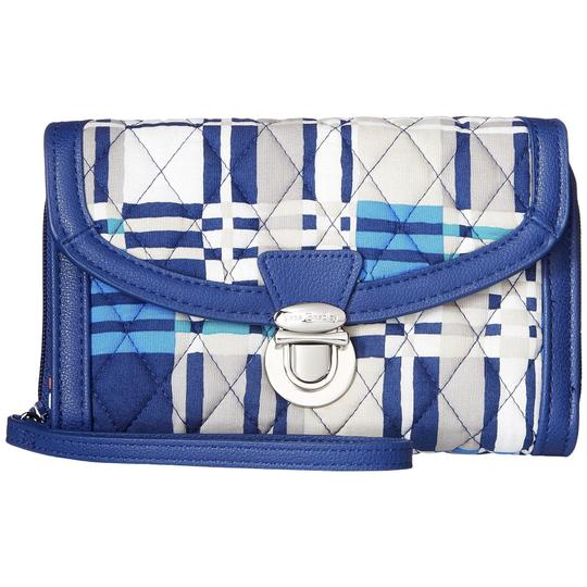 Preload https://img-static.tradesy.com/item/24407500/vera-bradley-multicolor-womans-santiago-plaid-quilted-ultimate-wristlet-wallet-0-0-540-540.jpg