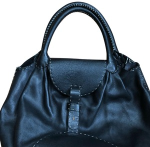 Henry Beguelin Tote in black