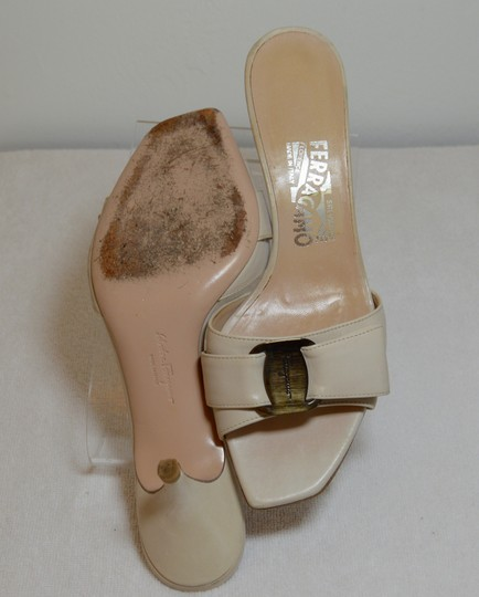Salvatore Ferragamo Low Heel All Leather Never Out Of Style. Cream Sandals Image 6