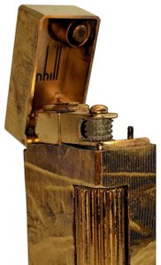 Alfred Dunhill Alfred Dunhill Gold Bark Textured Vintage Lighter, 23627 PW