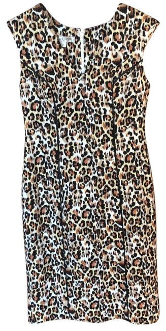 Preload https://img-static.tradesy.com/item/24408567/kay-unger-leopard-print-mid-length-workoffice-dress-size-2-xs-0-1-650-650.jpg