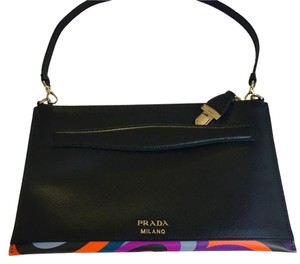 7de83260feb4 Prada Black Leather Bags - Up to 70% off at Tradesy
