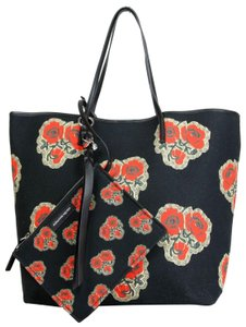Alexander Mcqueen Vintage Canvas Poppies Print Tote In Black