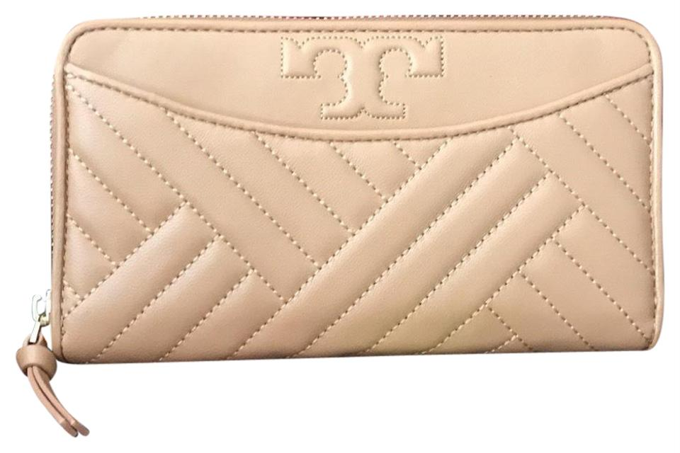 583de0218 Tory Burch Full Zipper New Wallet - Tradesy