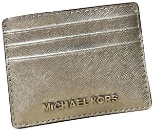 d7b4d8ce121c Michael Kors Wallets on Sale - Up to 80% off at Tradesy (Page 2)
