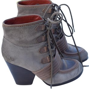 Luxury Rebel taupe Boots
