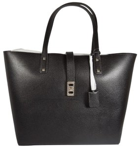 Michael Kors Leather 192317134384 Tote in Black