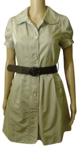 Romeo & Juliet Couture short dress beige/gold (goldenrod) Short Trench Coat Short Sleeve Business on Tradesy