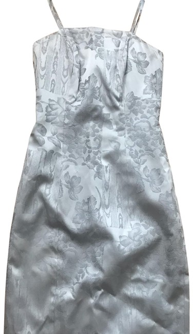 Item - Silver Tapestry Mid-length Cocktail Dress Size 4 (S)