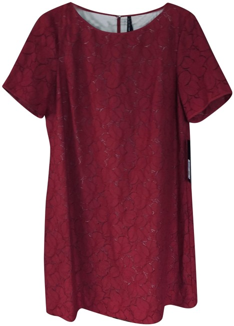 Item - Classic Red # Md5l8853 Mid-length Night Out Dress Size 14 (L)