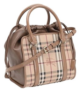 Burberry Handbag Satchel in camel
